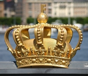 IU Flash Fiction Crown