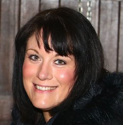 bestselling author Joanne Clancy