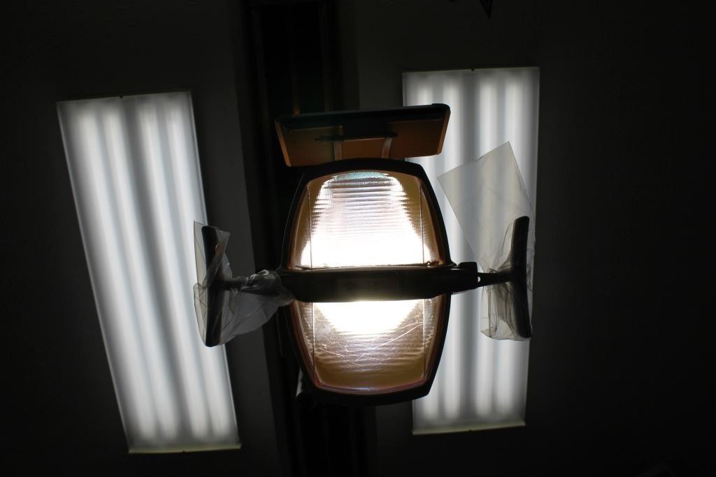 IMG_5577 Dentist light 042914 flash fiction writing prompt copyright ksbrooks