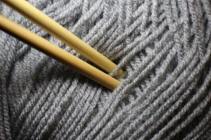 writing-and-knitting-needle-1169606_960_720