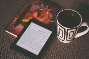 coffee and kindle-1245899_640