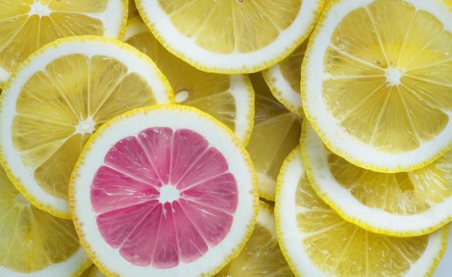 stand out book description lemon courtesy of pixabay